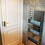 small_ak_joinery_bathroom_02